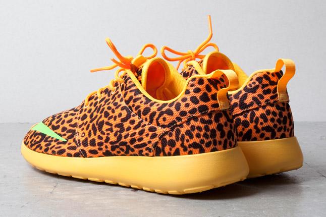purchase cheap eb36f 0289f Nike Roshe Run FB Leopard Bright Citrus Lime