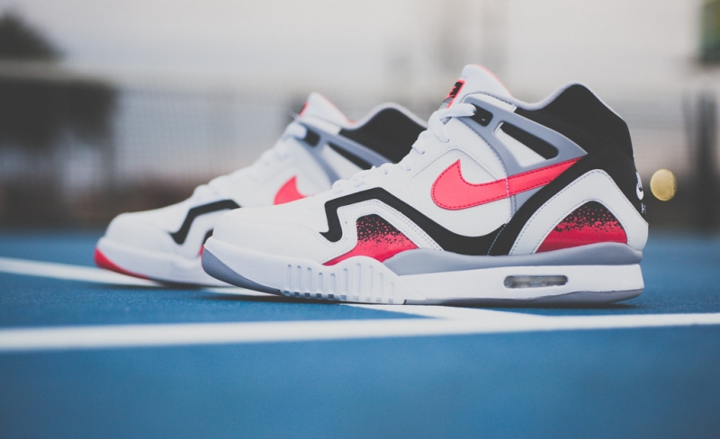 Nike Air Tech Challenge 2 Hot Lava