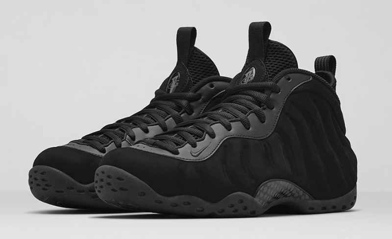 Nike Air Foamposite One Triple Black