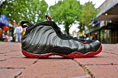 7efa153621e10d ShoeFax - Nike Foamposite One Coughdrop