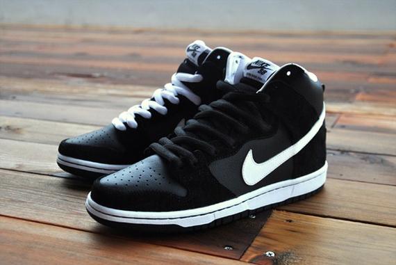 Nike Dunk High Pro SB Venom